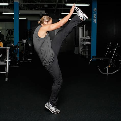 Alternating Leg Swing Exercise Guide and Video